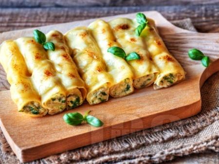 Канелони с пилешко филе (гърди), спанак и сметанов сос на фурна - снимка на рецептата